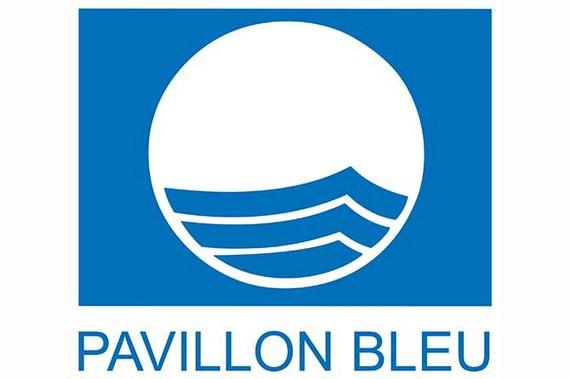 courseulles-hisse-a-nouveau-le-pavillon-bleu